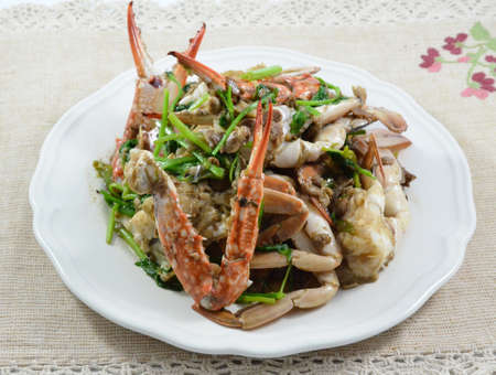 Fried crab with celery.