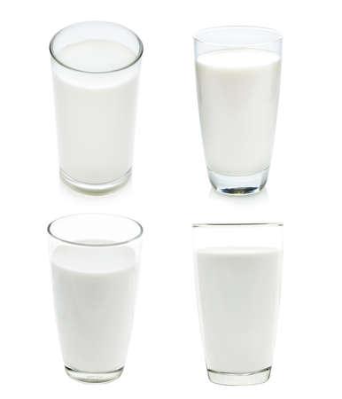Verre de lait isolé sur blanc Banque d'images - 27322361