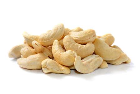 Cashew-N�sse in isolierten wei�en Hintergrund