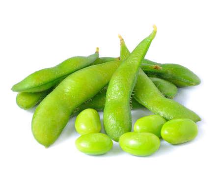 Groene sojabonen op een witte achtergrond Stockfoto