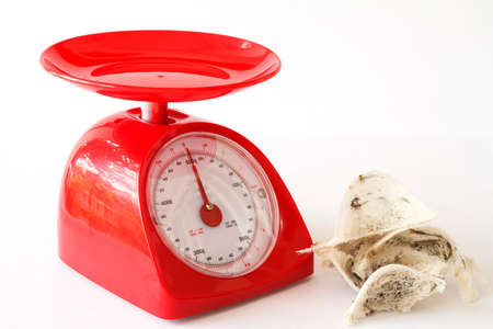 red gram: Edible bird s nest and kitchen scales