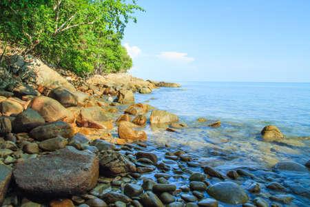 long weekend: La spiaggia di roccia a Khao Lak - Lam Ru
