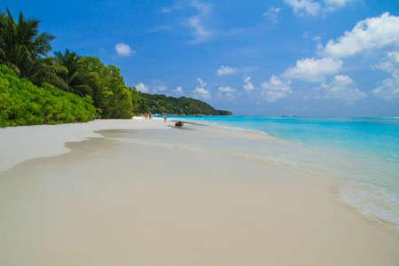 long weekend: White Beach a Tachai Island, Sud della Thailandia