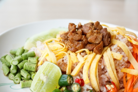 Mixed Cooked Rice with Shrimp Paste Sauce (Thai food) Stock Photo - 24873372