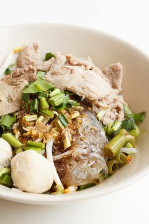 glass noodles with pork (Thai style) photo