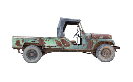camioneta pick up: old green pickup truck isolated on white background Foto de archivo