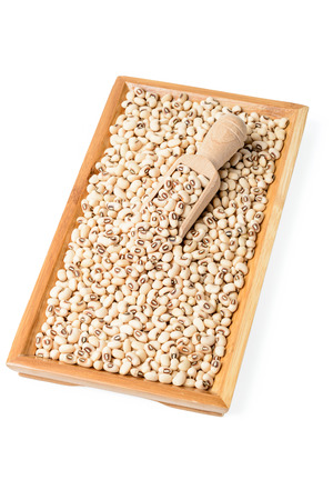 cow pea: raw white cow pea in plate
