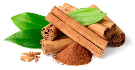 close up of cinnamon sticks isolated on white background 版權商用圖片 - 105673522