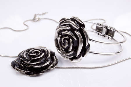 trinket: Necklace and bracelet - silver jewelry set with rose