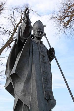 Sculpture of John Paul the second