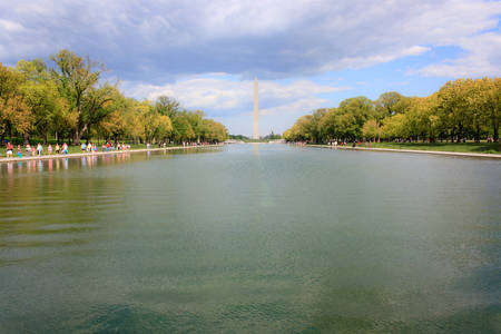Washington monument and reflecting pool, view from Lincoln memorial
