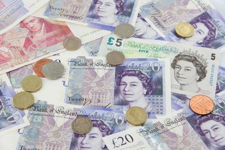 sterlina: Banconote e monete a caso Sterlina