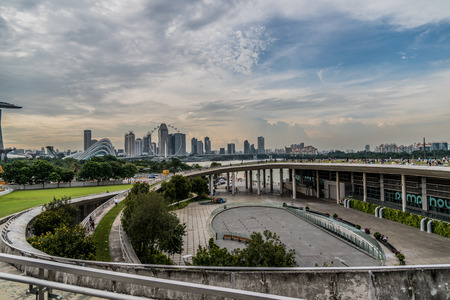 Beautiful view of Singapore skyline from Marina Barrage 에디토리얼