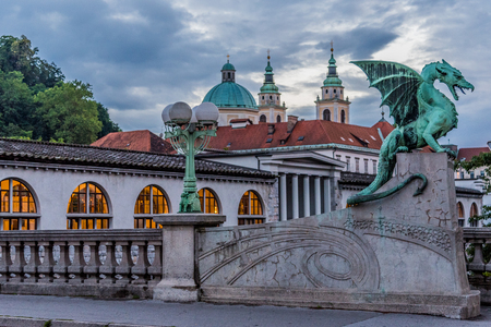 De Draakbrug (meest Zmajski), Ljubljana, Slovenië