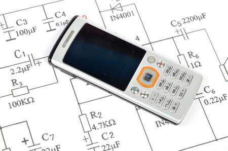 Circuit diagram and mobile phone photo