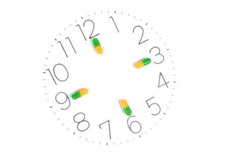 tomar medicina: Tome los medicamentos a tiempo