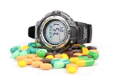 tomar medicina: Tome la medicina a tiempo