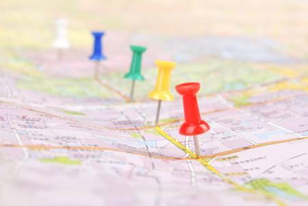 map pin: Push pin and map
