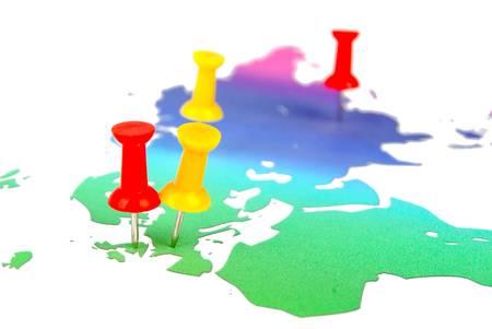 Push pin and world map Stock Photo - 13305351