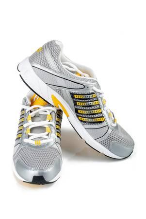 zapatos escolares: Los zapatos deportivos
