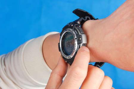 Electronic waterproof watch
