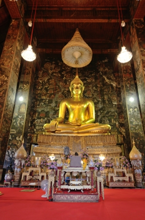 Golden Buddha Image in thailand Its famous place for travel photo