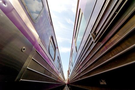 hua: Trains waits at  platform of railway station Hua Lamphong in Bangkok