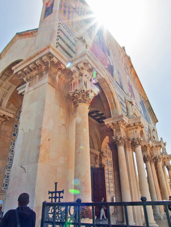 agony: The Church of All Nations or Basilica of the Agony, is a Roman Catholic church near the Garden of Gethsemane at the Mount of Olives in Jerusalem, Israel Stock Photo