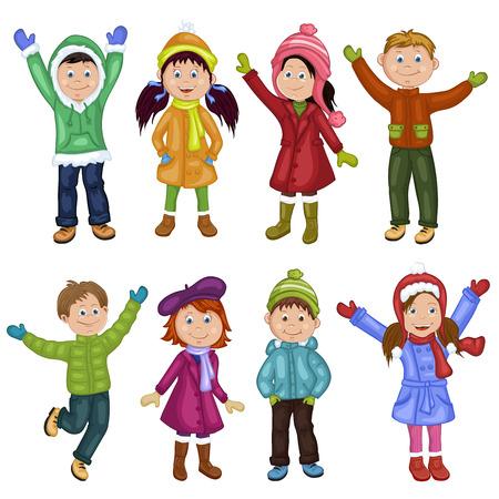 Glückliche Kinder in der Winterkleidung