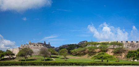 bulwark: Panorama San Felipe Castle in Cartagena de Indias
