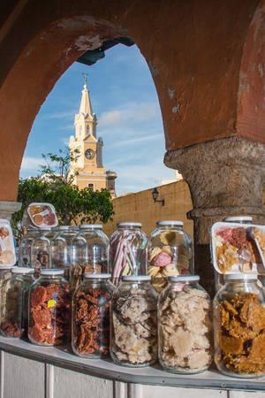 portal: Candies Portal and Public Clock Tower in Cartagena de Indias