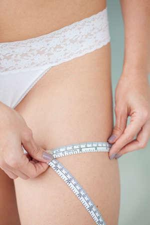 circumference: Measuring thigh circumference