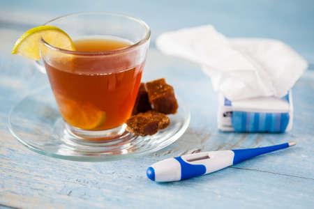 panela: Hot sugarcane-water (aguapanela) with lemon for cold treatment