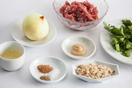 Step by step Levantine cuisine kibbeh preparation : Ingrendients to prepare kibbeh filling mix