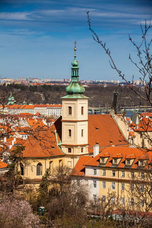 Discalced Carmelite Church of Our Lady Victorious also called Shrine of the Infant Jesus of Prague in Mal? Strana at old town in Prague Imagens