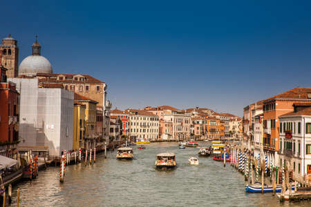 View of the beautiful Venice city and the Grand Canal in a sunny early spring day Editoriali