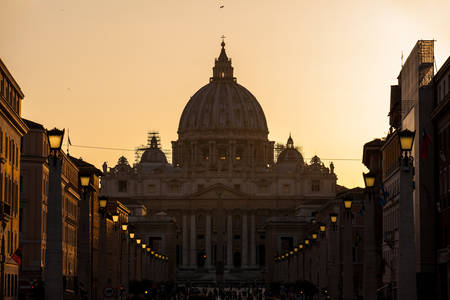The sunset falls over the beautiful Constantinian Basilica of St. Peter at the Vatican City Stok Fotoğraf