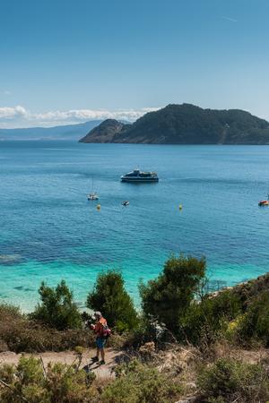 ISLAS CIES, VIGO, SPANJE - SEPTEMBER 16, 2017: Mening van Playa de Nossa Señora bij Cies-Eilanden Spanje inbegrepen in de Atlantische Eilanden Nationaal Park van Galicië Redactioneel