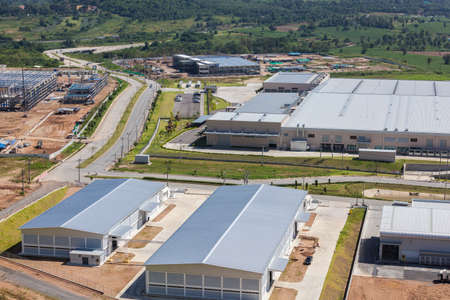 Luftaufnahme von einem Industriepark Bereich