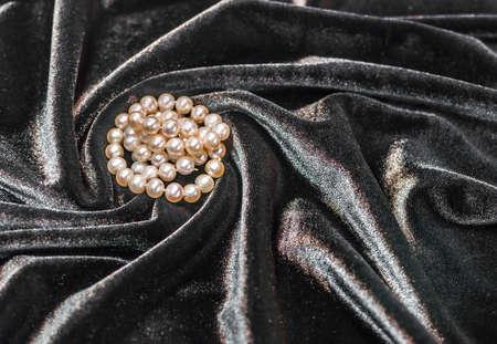 black velvet: Beautiful pearl necklace on the black velvet