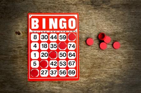 bingo: Tarjeta roja bingo con ganar fichas