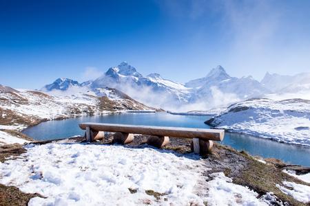 Bachalpsee en de sneeuwpieken van Jungfrau-regio Grindelwald Zwitserland