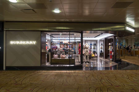 buberry outlet h5hx  burberry shop: Singapore