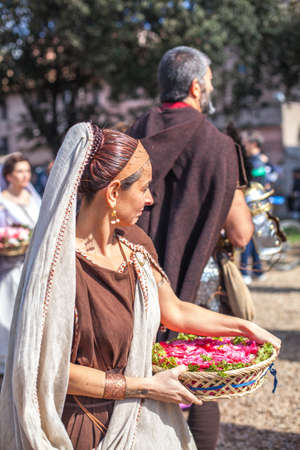 ROME - APRIL 22: Participants of  historic-dress procession prepare for performance at the cultural week on April 14-22, 2012 in Rome Stock Photo - 17025684