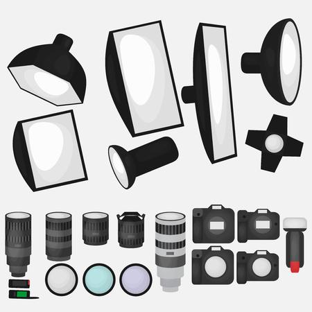 Conjunto de equipos de estudio fotográfico, una luz suave, lentes de cámaras y ópticas iconos planos, la tecnología fotográfica profesional