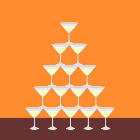 Vlakke piramide van glas alcoholische martini, champagne met geïsoleerde bellen, affiche voor het menu van de restaurantbar. Barman show. Stockfoto - 75999066