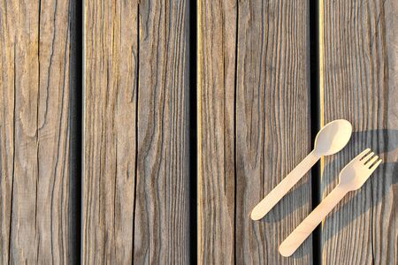 Eco-friendly cookware biodegradable fork spoon Imagens - 128891107