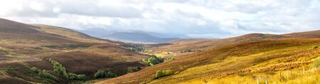 A scenic panorama of Cairngorms national park highlands landscape in autumn season, Scotland Stockfoto
