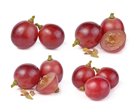 purple red grapes: red grapes isolated on white background