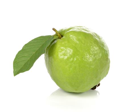 Guava op een witte achtergrond. Stockfoto